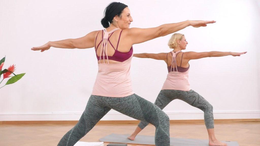 Yoga Übung zum Abnehmen: Krieger 1 Position