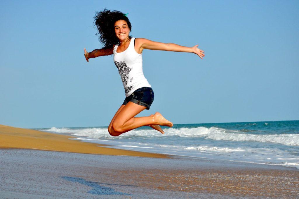 Yoga Übung zum Abnehmen mit Lebenslust beim Lose Weight Yoga